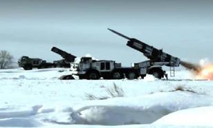"""Российские военные под Оренбургом показали """"артиллерийскую карусель"""""""
