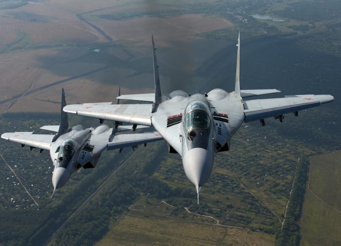 """Учения по-польски: МиГ-29 открыл огонь по своему """"напарнику"""""""