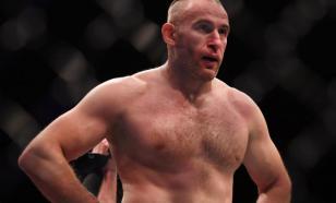 Боец UFC Олейник высмеял запрет на трансляцию его поединка на Украине