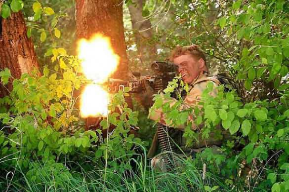 Колонна украинского главы Донецкой области попала под обстрел