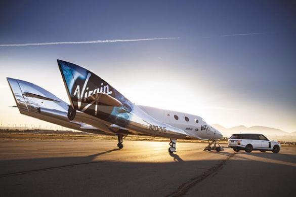 Роскосмос и Маск замерли: Virgin Galactic запустила свой корабль