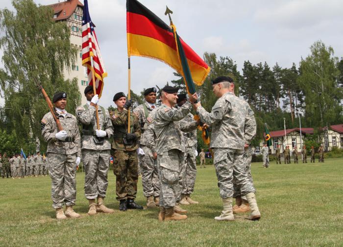 Народ в Германии рад, что американские солдаты уходят