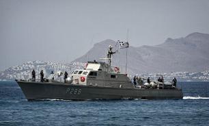 Фрегат ВМС Греции сел на мель и едва не сорвал крупные военные учения