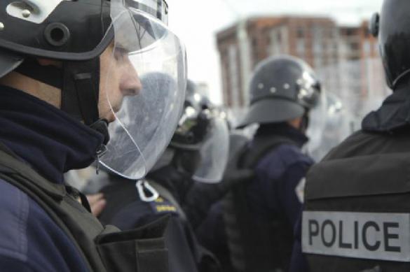 Пока идет революция: в Армении началась стрельба в банке