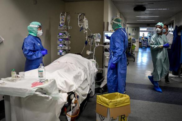 Пандемия: в Нью-Йорке поставлен суточный рекорд по смертности