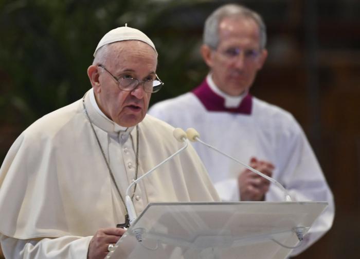 У католиков новая Конституция: насильникам и педофилам объявлен бой