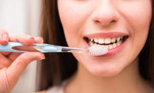 Чистить зубы оказалось полезно для сердца