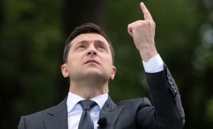 Чучело Зеленского подвесили за шею на Украине
