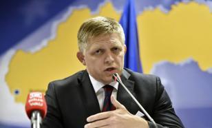Премьер-министр Словакии потребовал снять санкции с России