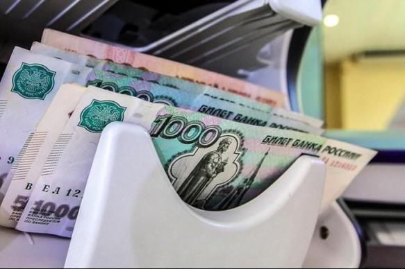 ЦБ отметил быстрый рост долговой нагрузки россиян в 2019 году
