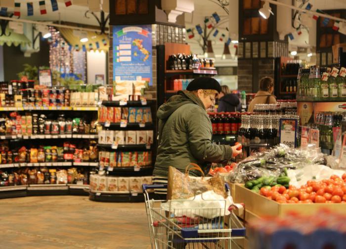 Ритейлеры перечислили товары повышенного спроса перед Новым годом