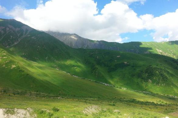 В горах Северной Осетии спасли альпиниста из Петербурга с травмой