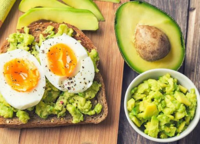 Диетолог назвала лучшие продукты для успешного начала дня
