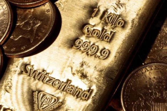 """Швейцарцы ищут владельца """"золотой сумки"""", оставленной в поезде"""
