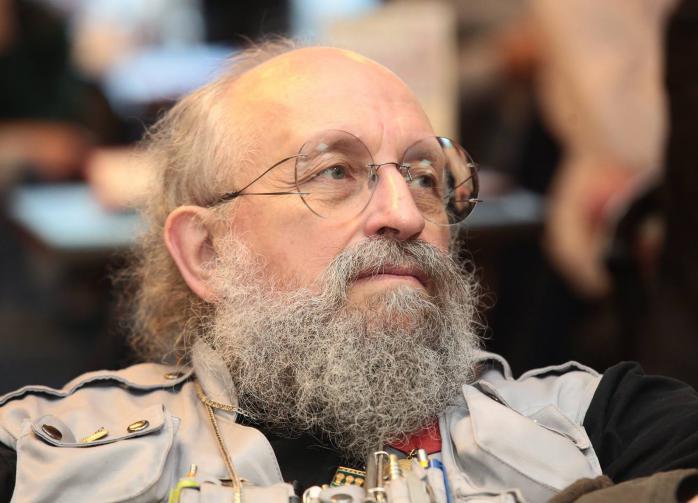 Вассерман прокомментировал высадку солдат НАТО на российское судно