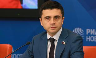 В РФ заявили, что США и ЕС хотят поднять градус политической истерии