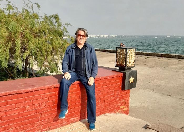 Юрий Лоза порассуждал о возвращении Крыма в состав России