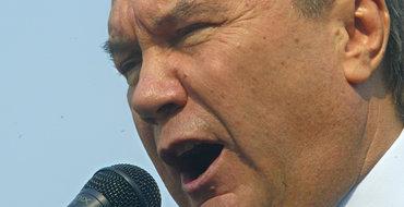 Янукович жалуется на давление и угрозы со стороны России