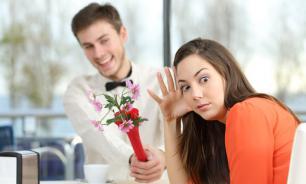 Девушка дала пару советов по поводу ведения профиля на сайтах знакомств