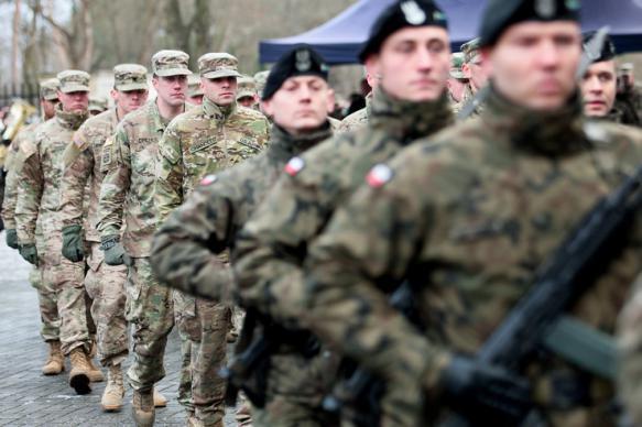 """Эксперт из США назвал Польшу """"главным фактором сдерживания России"""""""