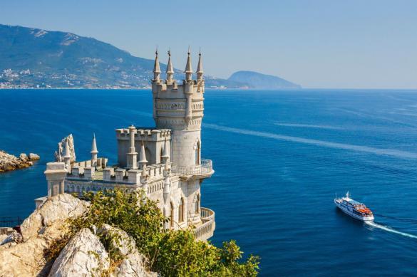 С 1 июля Крым начнет принимать туристов из других регионов России