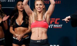 Звезда MMA Пейдж Ванзант опубликовала фото в платье с откровенным декольте