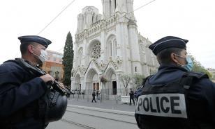 Полицейские Франции взбунтовались: не хотим вставать на колено за ВLM