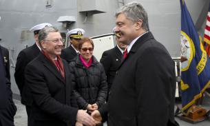 Порошенко: США усилили присутствие в Черном море по просьбе Киева