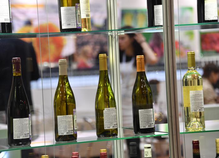 Потери от употребления алкоголя втрое превышают доход от продаж