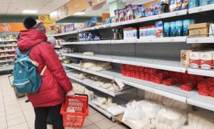 Продукты в российские магазины поставляют круглосуточно