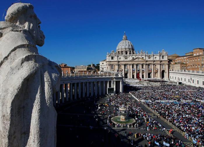 Экс-глава Банка Ватикана пойдёт в тюрьму на 9 лет за отмывание денег