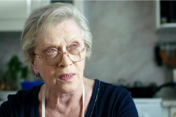"""Алиса Фрейндлих заявила, что получает """"нормальную пенсию"""""""