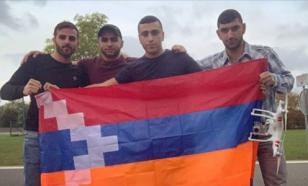 Акцию с флагом Карабаха на стадионе организовали армяне из Бельгии