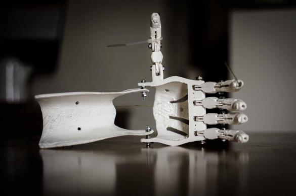 Ученые из США разработали идентифицирующую предметы перчатку
