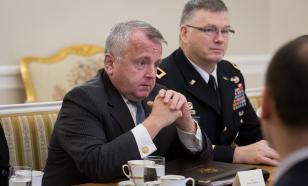 С тремя чемоданами: американский посол покинул резиденцию в Москве