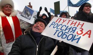 Либералы негодуют: Россияне не хотят свергать режим из-за кризиса