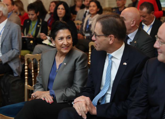 """Жители Грузии получили от немецкого посла совет касательно """"европейских амбиций"""""""