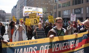 """Граждане США - власти: """"Руки прочь от Венесуэлы!"""""""