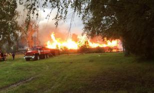 В селе под Вологдой из-за удара молнии сгорело здание школы