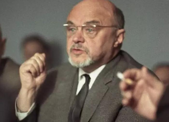 Николай Доллежаль. Пятый Герой социалистического труда