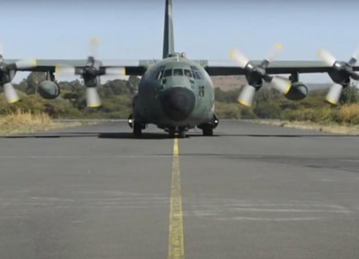 Итальянский эвакуационный самолёт попал под обстрел при взлёте в Кабуле