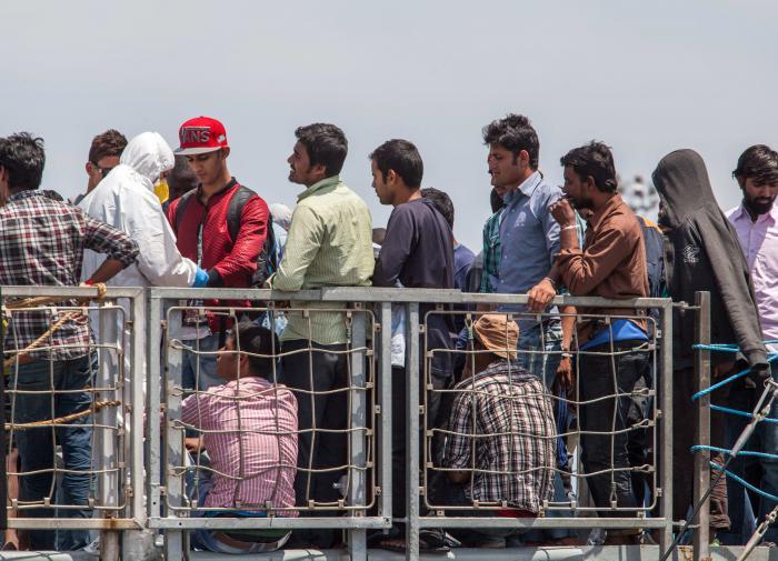 На военнослужащую из США напала группа афганских мигрантов