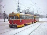 Трамвай сошел с рельсов после ДТП в центре Москве