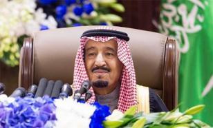 """Француженки-полицейские не будут охранять пляж, где отдыхают саудиты, чтобы не нарушить """"права короля на частную жизнь"""""""