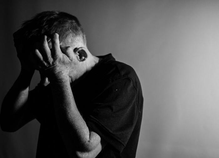 Онколог Карасёв: негативные эмоции могут спровоцировать развитие рака