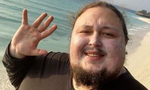 Сын Никаса Сафронова прилетел в Турцию, чтобы помочь Рите Дакоте