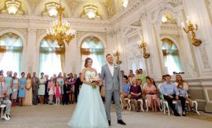 Американцам рекомендуют отложить свадьбы ещё хотя бы на год