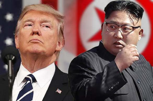 """Дональд Трамп и Ким Чен Ын прилетели в Сингапур для """"встречи года"""""""