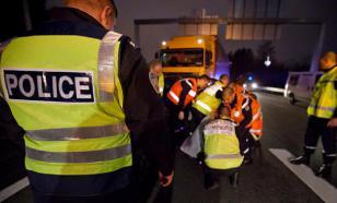 """Западные СМИ: пожар в Нотр-Дам """"вырвал сердце Франции"""""""