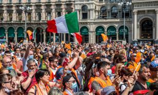"""Вице-премьера Италии судят за """"похищение"""" более 130 мигрантов"""